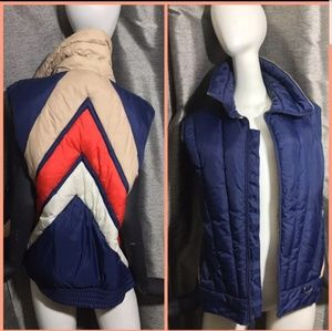 Vintage Mountain Goat White Stag Puffer Vest
